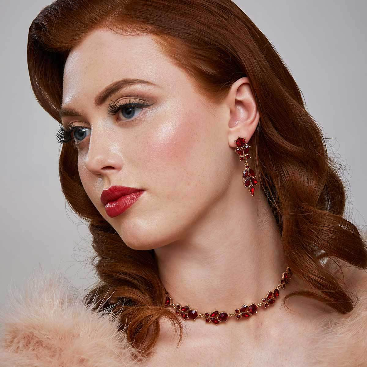 The 1950's was a time of design innovation with jewellery being an important accessory. These dazzling ruby earrings will certainly become a talking point and we guarantee they will make you feel more glamorous than any film star .Hypoallergenic and nickel free .Brass plating
