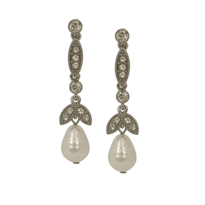 These exquisite pearl and diamante earrings are perfect for the Bride to Be. They are glamourous, sophisticated and comfotable to wear.    Hypoallergenic and Nickel free. 4.5cm length, 0.9cm width. Cream pearl.