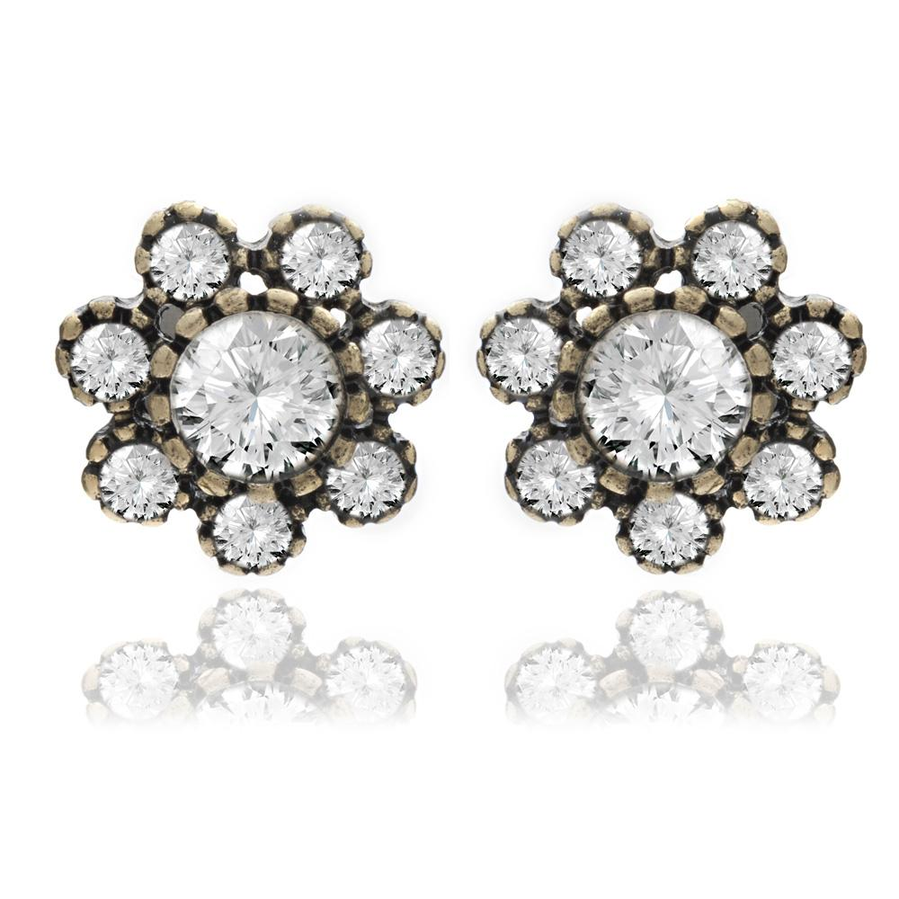 Do you want to light up the room? Shine with a brilliance from eras gone by with these amazing Crystal Flower Stud Earrings. Perfect for adding something special to every day wear or as s subtle statement piece for the evening.  Hypoallergenic and Nickel free, 15mm diameter, Brass Plating.