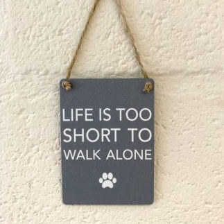 A charming metal sign for any dog lover,  finished with curved edges and jute string to hang.   Size - 16cm x 20cm.