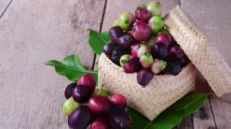Say Goodbye to Skin Problems with Jamun