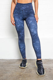 LILYBOD Millie Leggings - Grey Stone Camo