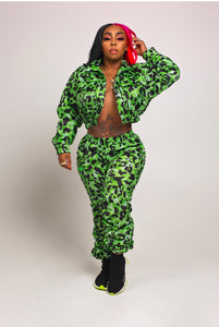Barbs Green 2 piece