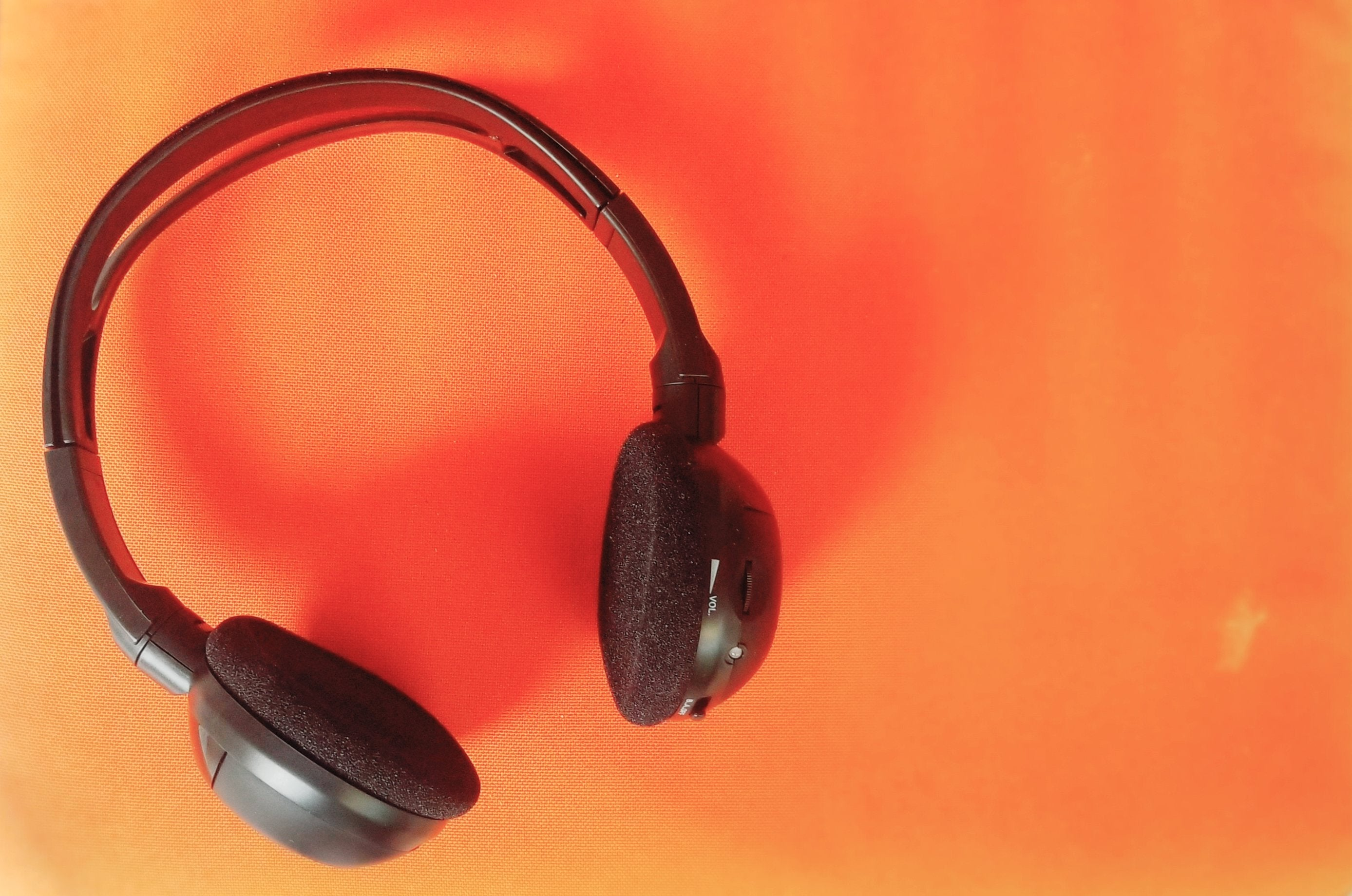 2012 Chevy Avalanche Wireless DVD Headphone