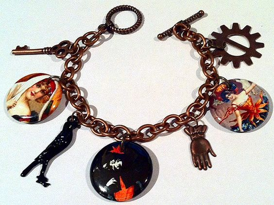 Hallo Ladies Halloween Charm Bracelet