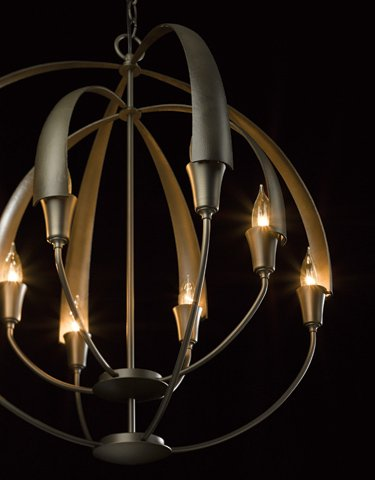 104205 Double Cirque 8-lt Chandelier