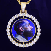 Load image into Gallery viewer, Custom pendant with portrait