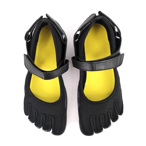 Best Five Finger Shoes Of 2021: Pumps Five Finger Shoes with a strap-style2