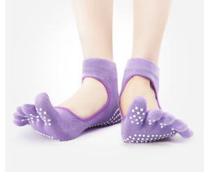 Do I Need To Wear Toe Socks With Five Fingers Shoes?