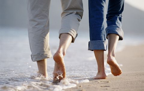 Walking Barefoot for 5 Mins a Day, See What Happens to Your Body