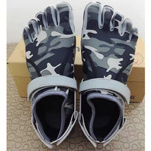 Load image into Gallery viewer, Grey Camouflage Five Finger Shoes Outdoor Hiking 5 Toe Shoes