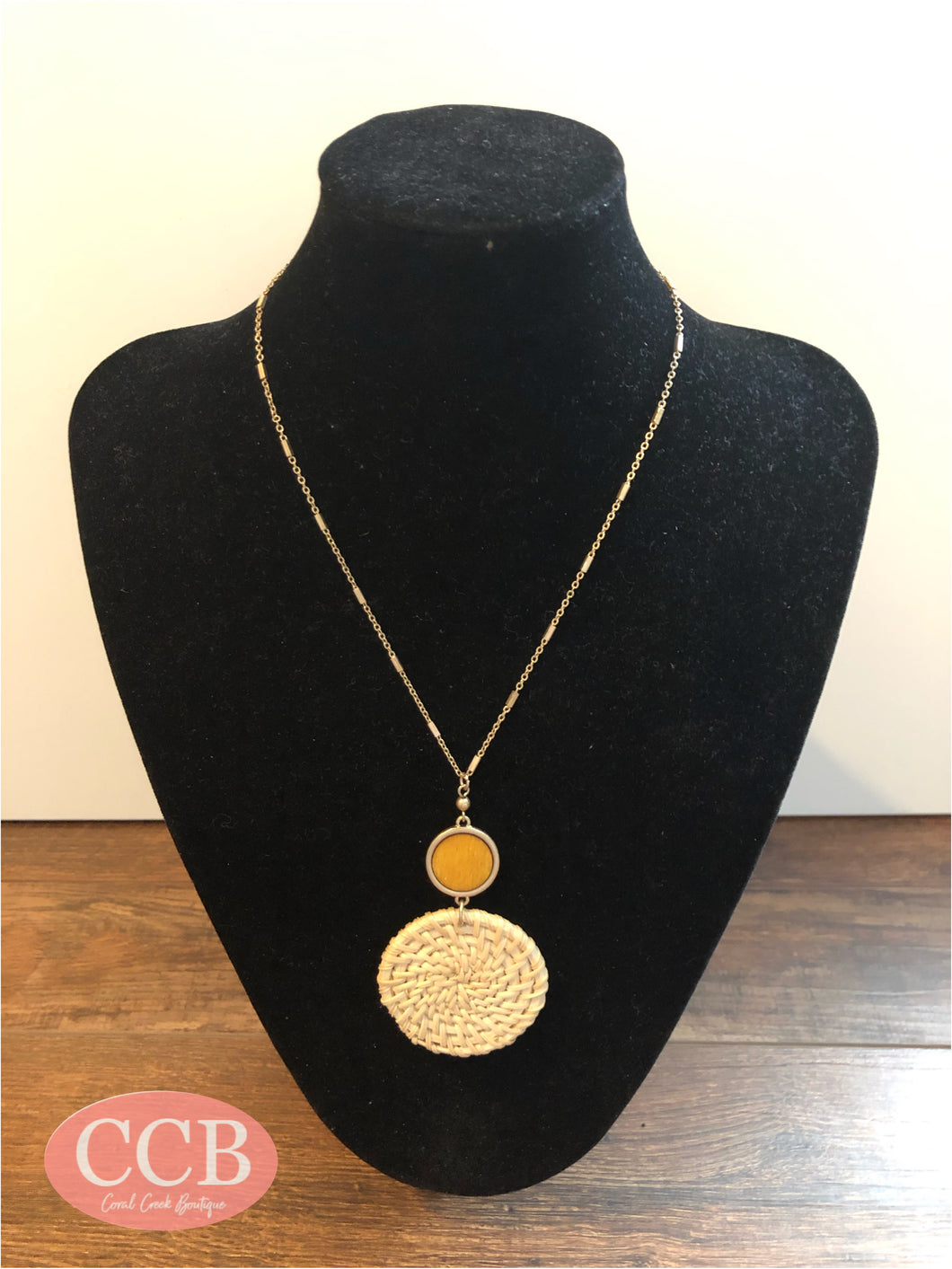 Necklace w/ Earrings - Round Neutral