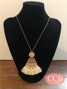 Necklace – Fashion Tassel Ivory/ Gold