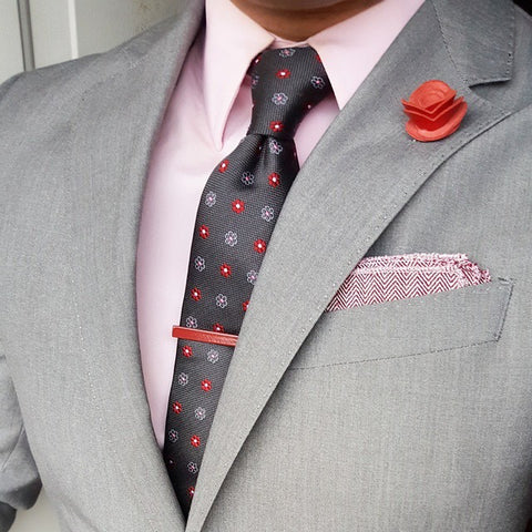 Grey w/ Red Foulard Silk Tie and Pink Linen Herringbone Pocket Square