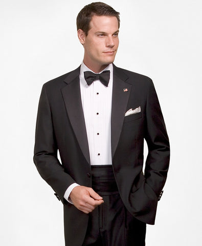 How to Wear a Tuxedo for a Black Tie Event