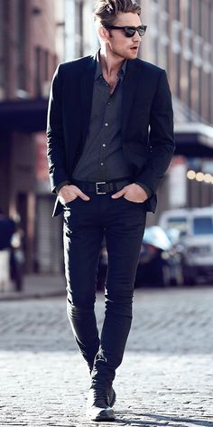 How Men Can Dress for a Dinner Date