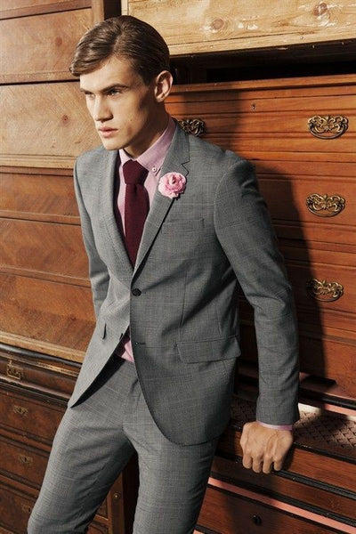 Medium Grey Suit ,Light Pink Shirt & Burgundy Tie