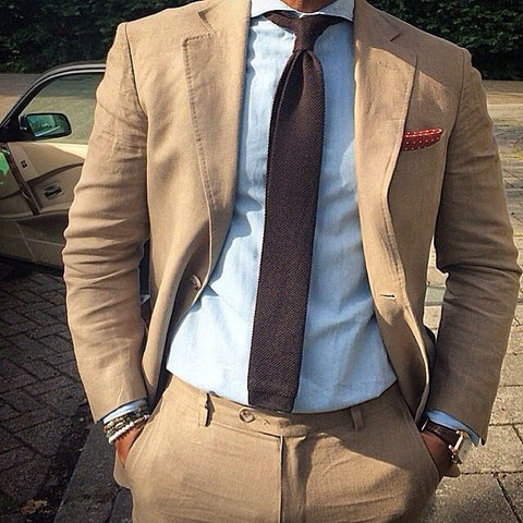 Knitted Tie Casual Setting