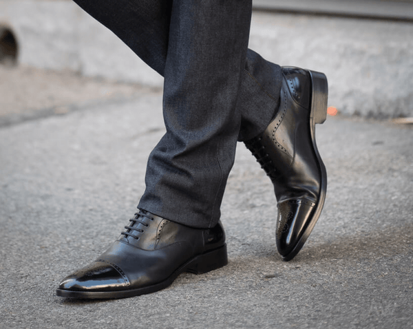 Black Oxford CapToe Shoes