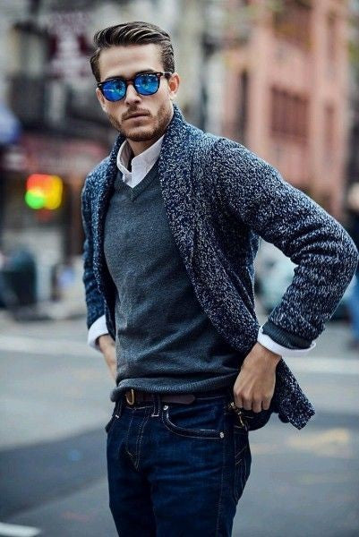 V-Neck Sweater Men's Minimal Wardrobe