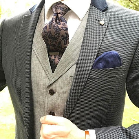 Improve Your Style with a Paisley Tie