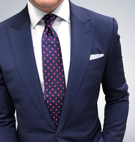 Improve Your Style with a Polka Dot Tie