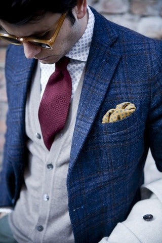 Triadic Color Scheme for Necktie and Pocket Square
