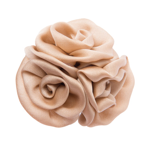 Cream lapel flower