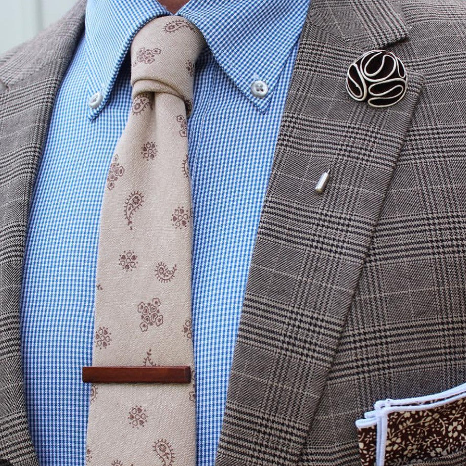 Brown & White Lapel Flower