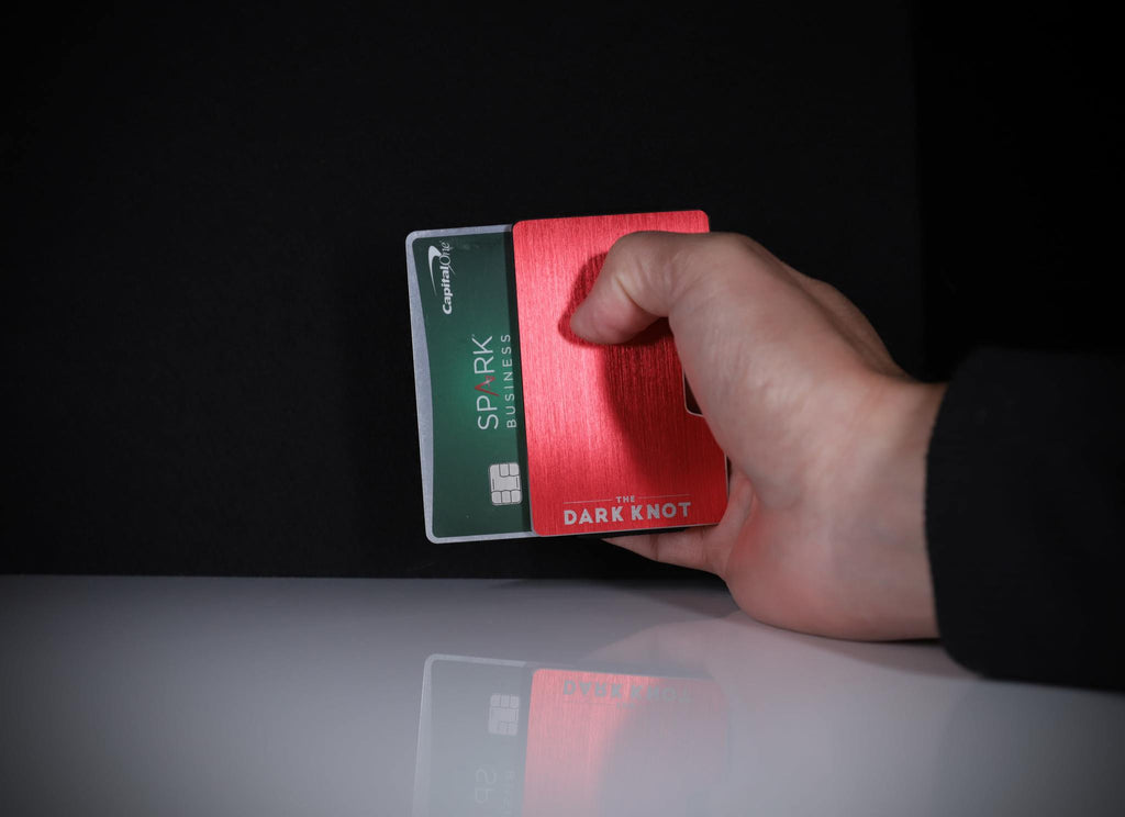 Red minimalist slim wallet