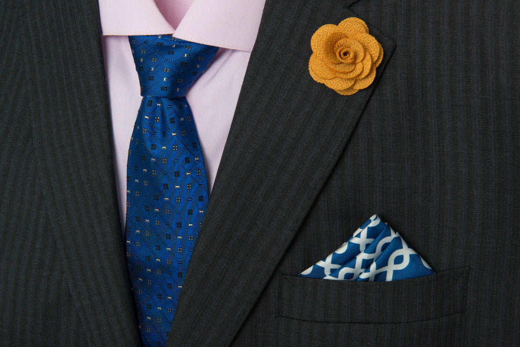 Gold lapel flower