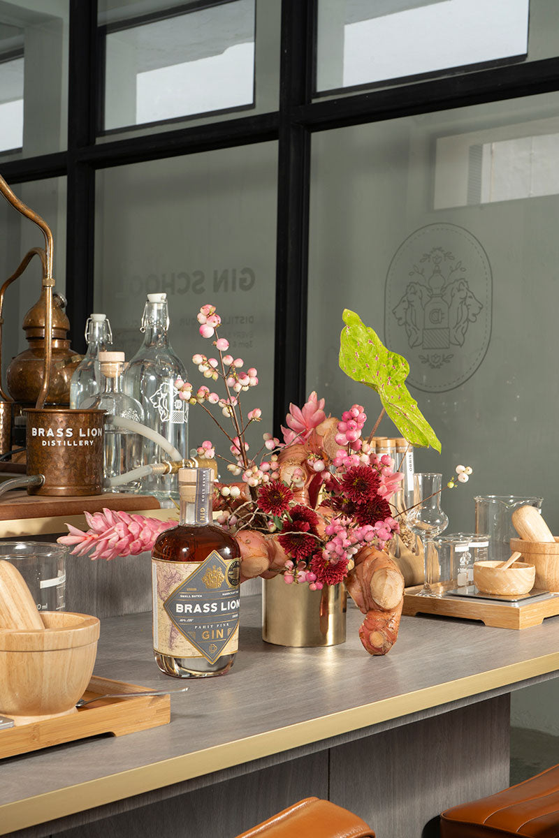 THH x BRASS LION DISTILLERY EXPERIENCE - FLORALS & GIN