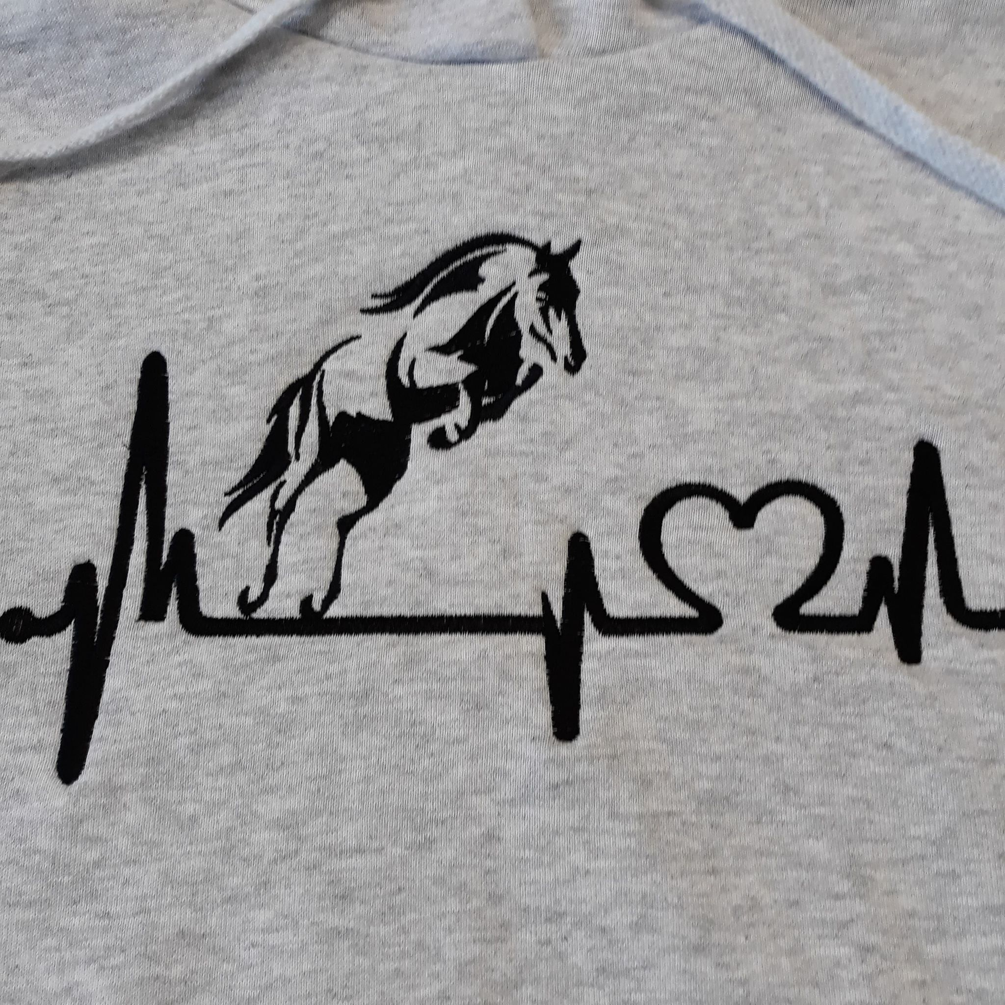Kids horse hoodie with heartbeat logo, horse hoodie, personalised horse hoodie, hoodie with horse embroidery, horse hoodie with names