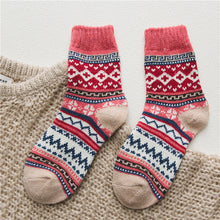 Load image into Gallery viewer, 5Pairs/lot New Witner Thick Warm Wool Women Socks