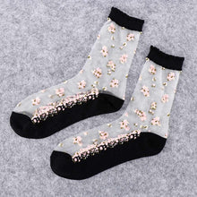 Load image into Gallery viewer, 1 Pair Women Flower Sock Summer Lace