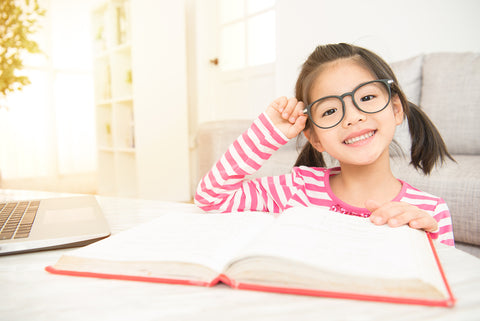 Build reading confidence in your child with kid-friendly reading tools.