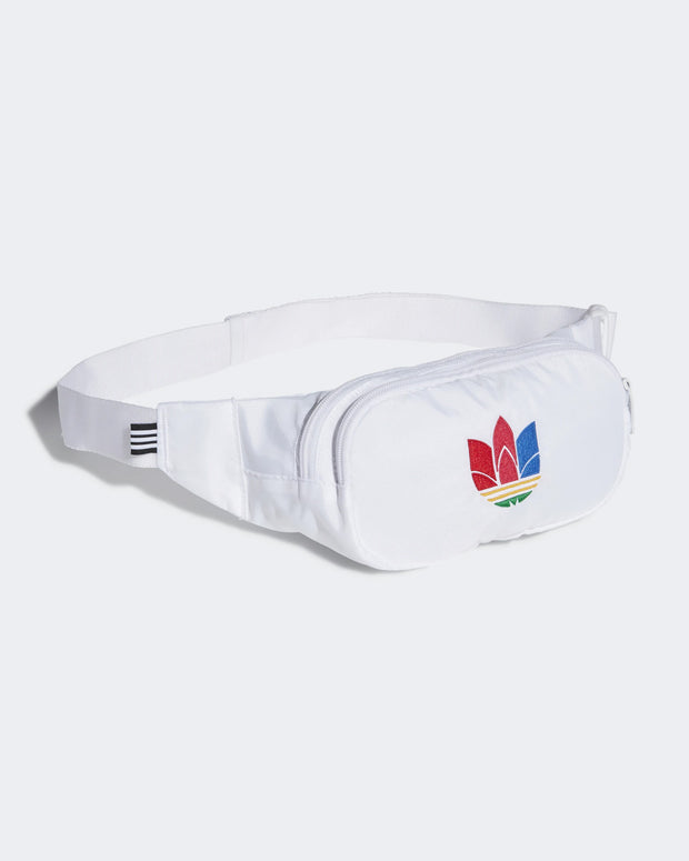 The Adidas Originals Essential Waistbag Trefoil in White/Green