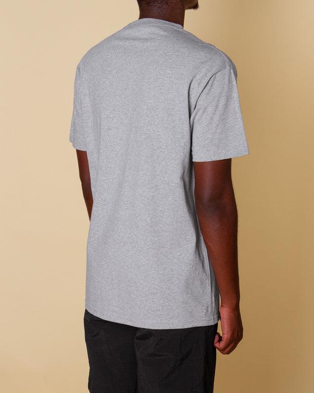 A classic Butter Goods option, the Speckle classic logo tee in ash grey is a throw on and go staple. Constructed from 6oz cotton and fitted with a ribbed neckline, this t-shirt is premium quality and comfortable. Featuring the 'Butter' keyline logo printed on the front in a green and yellow speckled print.