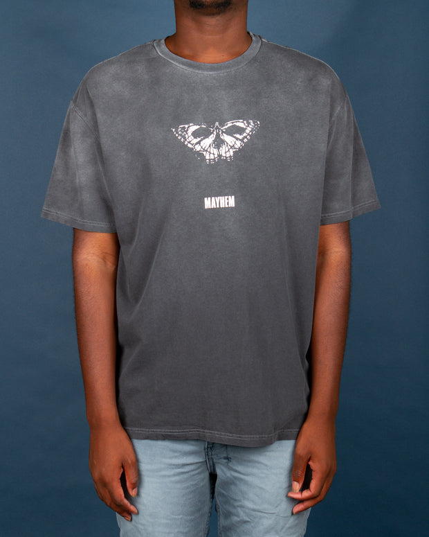The Ksubi Mayhem T-Shirt in Dark Grey features a custom butterfly artwork printed on the centre front. This 100% cotton oversized short-sleeve tee comes completed with vintage and faded wash. A comfortable fit and perfect to layer this winter, this tee is signed off with signature ksubi branding on the back.