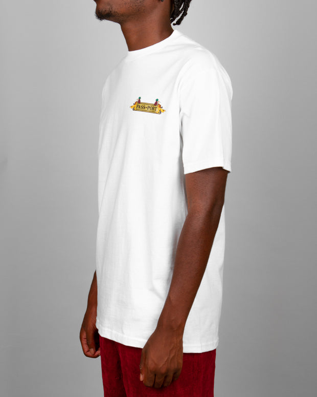 Pass~Port Clothing always brings the best prints and graphics to your streetwear wardrobe. The Trickle Down Tee in white is no exception. Cut from pure cotton and decorated with a custom graphic print on the front and back, this white t-shirt is signed off with premium trims and a ribbed neckline.