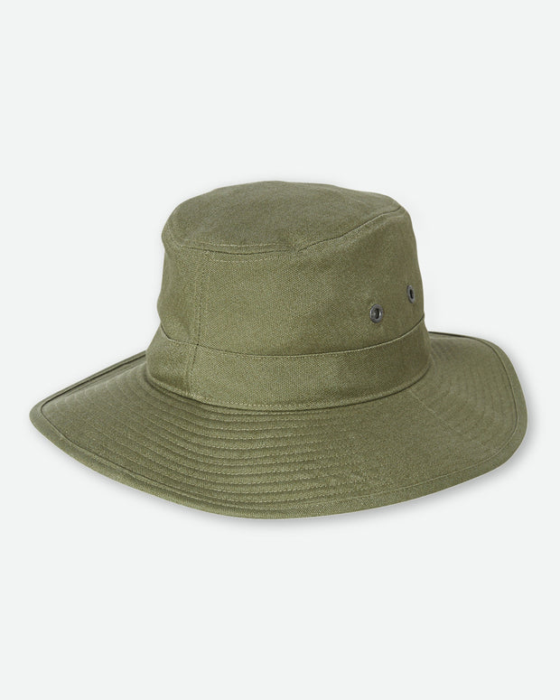The Patagonia M's The Forge Hat in Fatigue Green