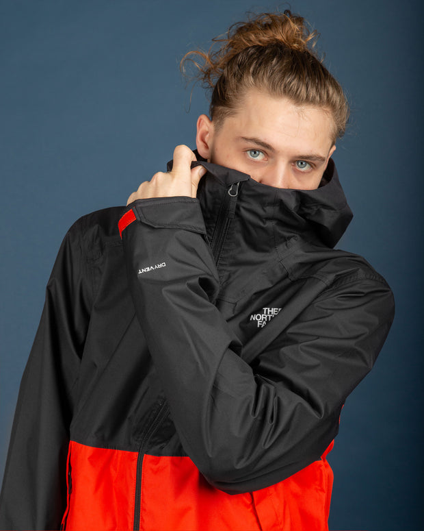 The North Face Millerton Jacket - TNF Black / Fiery Red