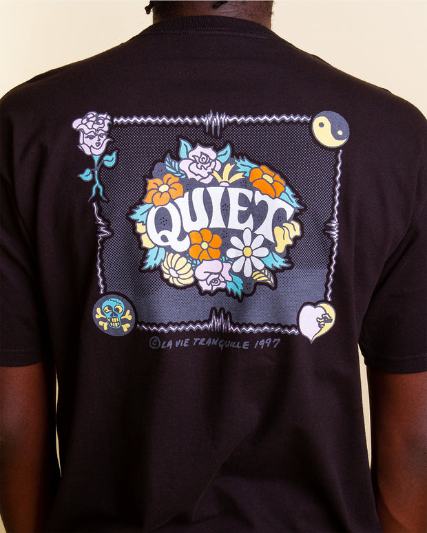 Decorated with a floral graphic, The Quiet Life Flowers Tee in Black is constructed from pure cotton and features a bright yet simple back and a front graphic print. Throw it on over a pair of ksubi denim and you have yourself a perfect streetwear outfit. Finished with a ribbed neckline and premium trims.