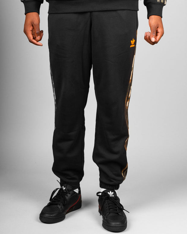Adidas Originals - Camo Sweatpant - Black