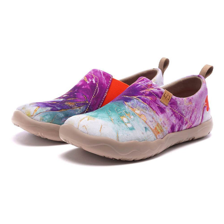 UIN Footwear Women Make a Splash Canvas loafers