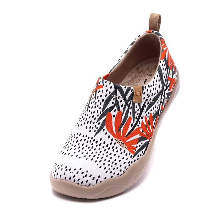 UIN Footwear Women Once and Floral Canvas loafers