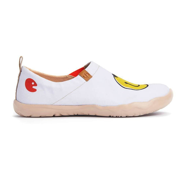 UIN Footwear Women Smiley Canvas loafers