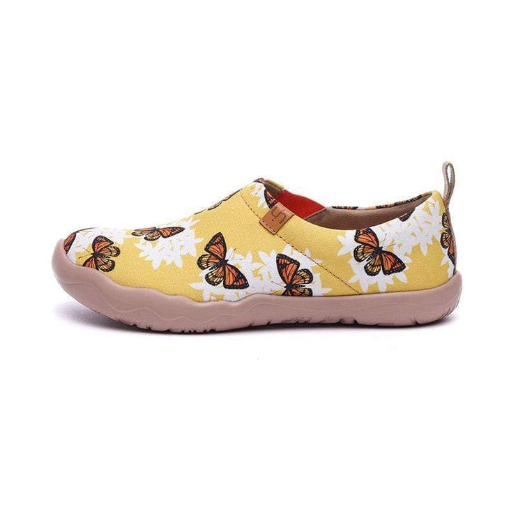 UIN Footwear Women Snowflake Butterfly Canvas loafers
