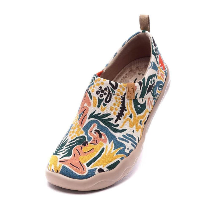 UIN Footwear Women The Dance Canvas loafers