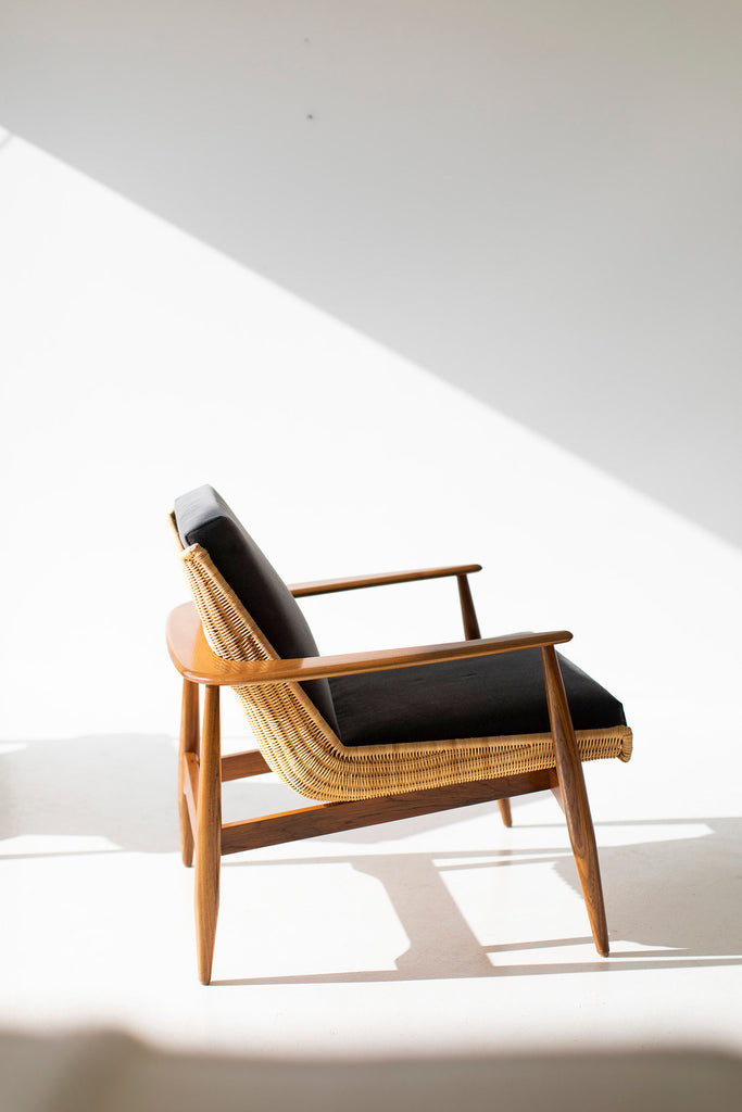 Lawrence-Peabody-Wicker-Lounge-Chairs-01